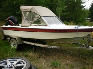 1982 boat with Mercury 4 stroke 50 horse motor For Sale By Owner