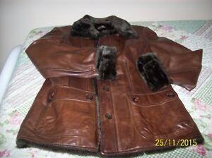 Manteau de cuir véritable