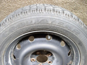 Good Year Nordic P205/55R 16 Winter Tires on Rims. Set of 4
