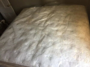Brand NEW King size SERTA PERFECT SLEEPER Super THICK PILLOwTOP