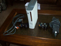 20 GB XBOX 360 WITH KINECT