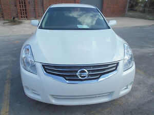2011 Nissan Altima 2.5 S SPORT******ONE OWNER --EXCELLENT SHAPE Edmonton Edmonton Area image 1