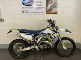 Husqvarna te 125 2016 3 owners Mot August 2021 116hrs with piston done at 8O hrs