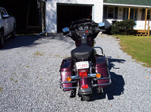 HARLEY PARTS SISSY BAR, MIRRORS, LIGHTS, HANDLE BARS, FL BO ETC.