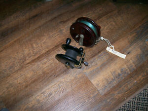 2 Old Bakealite Trolling Reels Great Condition