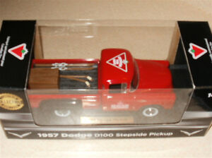 "Canadian Tire (CTC) ""2014"" Die Cast  New, excellent condition, u Sarnia Sarnia Area image 5"