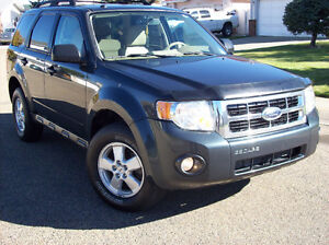 !@!@ 2010 FORD ESCAPE CLEAN TITLE FULLY INSPECTED!@!