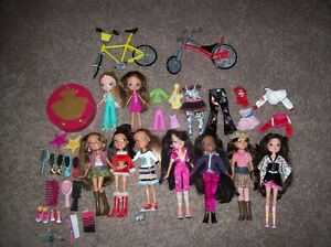 Moxie And Bratz Dolls And Accessories