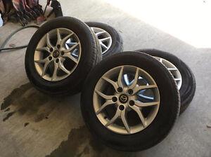 4 beau mags pour mazda ou autre 15'' avec pneus été 5x114.3