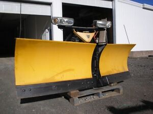 "FISHER EXTREM V 8' 6"" snow plow"