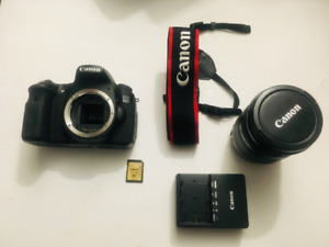 Canon EOS 60D DSLR Camera with 18-200mm Lens