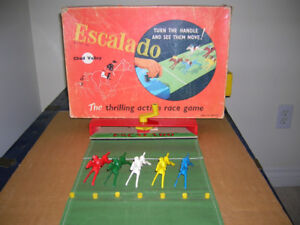 ESCALADO VINTAGE HORSE RACING GAME