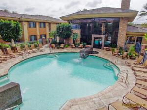 "Scottsdale Luxury Condo ""Pool Side - Club House View"""