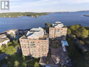 2 Bedroom Condo in Bedford
