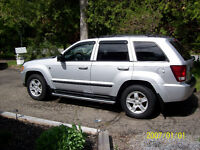 2007 Jeep Grand Cherokee Laredo SUV, Crossover