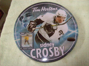 SIDNEY CROSBY COLLECTOR JIG SAW PUZZLE IN METAL TIN