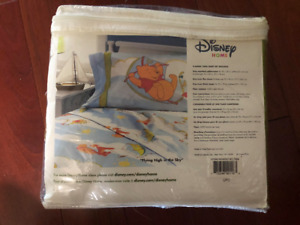 WINNIE THE POOH FLANNEL SHEET SET *NEW*