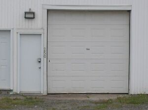 1024sqft Warehouse/Office/ Bathroom,self contained,$950monthly