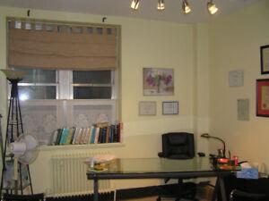 Health care practitioner office to rent; Fri. Sat.Sun.Mon