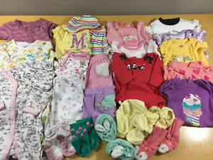 Baby Girl Clothes 0-3 Months �