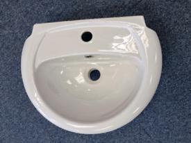 For Sale Bathroom Basin £20