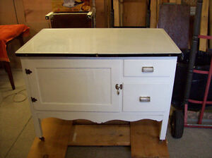 ENAMEL TOP BAKERS TABLE