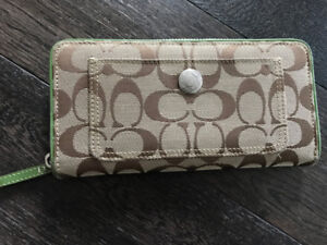 Coach Wallet in Signature Jacquard