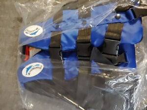 Boys or Girls life jacket brand new and NEED GONE SOON NOW ASAP
