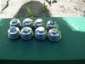 750 VALVE COVER TAPPET COVERS