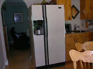 Maytag Side by Side Fridge/ Freezer