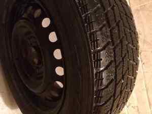 4 pneu sur rim a vendre en bonne condition Québec City Québec image 2