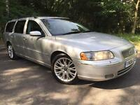 Volvo V70 2.4 D5 SE 6 Speed Manual