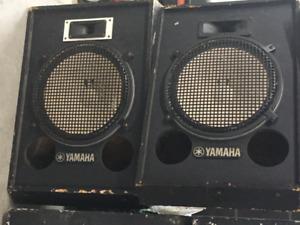 kit de haut parleur 15 pc Yamaha 120 V avec boite en bois