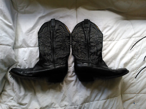 Black Genuine Soft Leather Cowboy boots - very nice shape