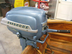 2 moteurs Hors-bord Evinrude 15 HP Superfastwin 1953