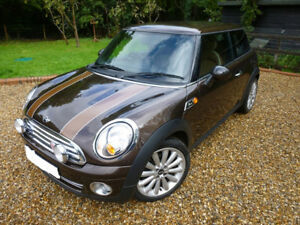 2010 MINI Cooper Mayfair edition (2 door)
