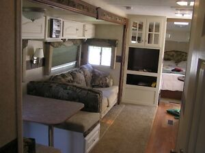 Trailer 31 ft with  masteer bedroom and 4 Bunk beds