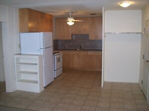 Ideal South Location! Regina Regina Area image 2