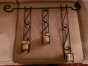 Wall sconce with 3 candles