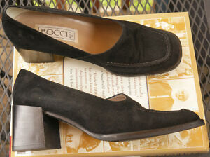 Ladies 8 Italian s BOCCI  suede leather Shoes