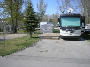 RV LOT FOR RENT IN COUNTRY LANE ESTATES