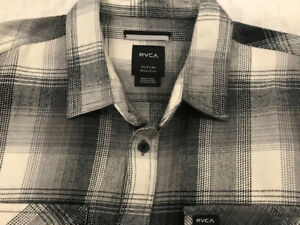 Brand New Men's RVCA Plaid Shirt - Size Small