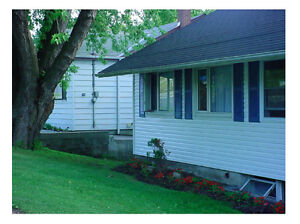 Get help with your mortgage - Bungalow with income Kingston Kingston Area image 1