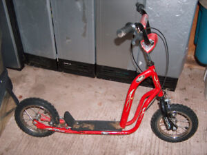 Childs scooter