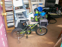 """BOY' 14""""SUPPERCYCLE SINGLE SPEED WITH TRAINING WHEELS"""