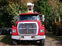 1989 Ford L8000 Truck for Sale