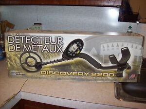 METAL DETECTOR DISCOVERY 2200