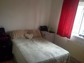 Double room single use 130pw all inclusive in Willesden Green