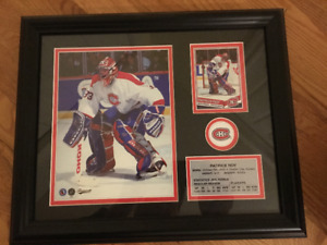 MONTREAL CANADIENS-PATRICK ROY FRAMED PICTURES AND CARDS