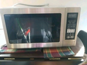 Microwave Convection oven by Brada/Samsung